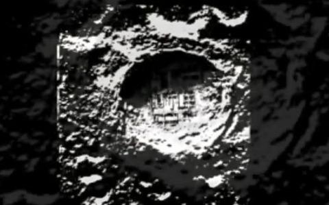 月面の基地らしきもの